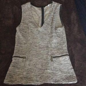 Drew sweater tank medium